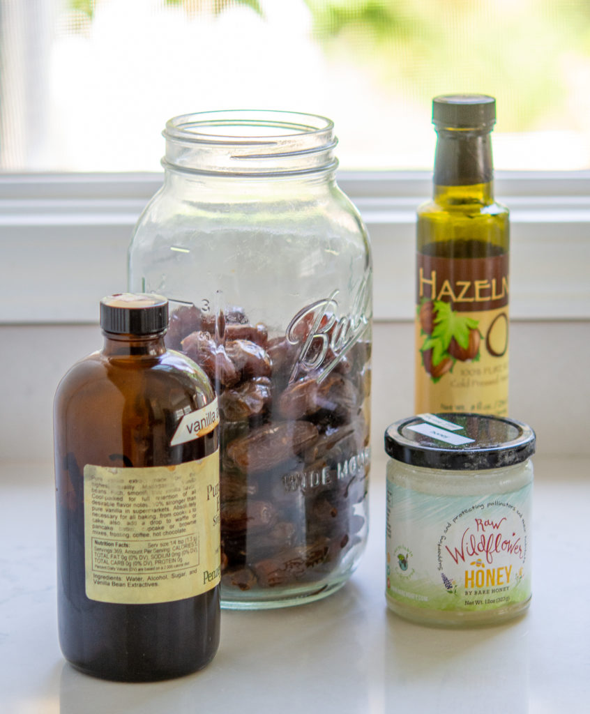 a few ingredients for granola bars